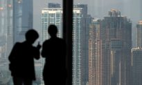 China Billionaires Exceed 300, Setting New Record