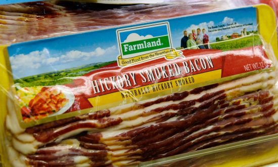 American Pork in Chinese Hands: Panel Allows Purchase of Smithfield Foods