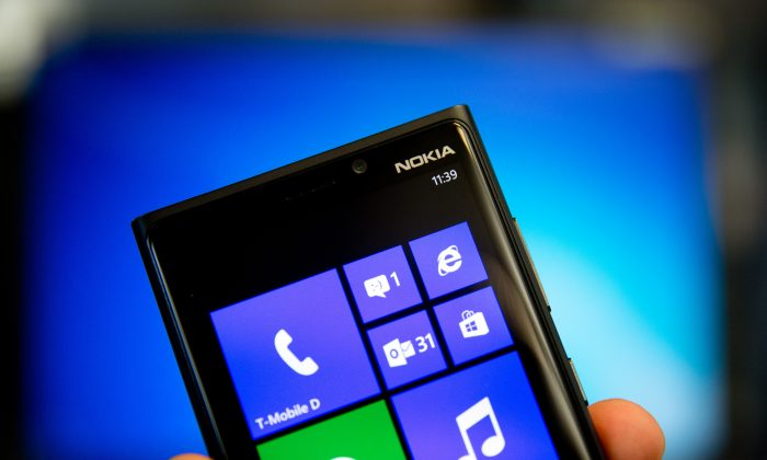 A Nokia Lumia with the Windows Phone operating system is pictured in an office in Berlin, Germany, 03 Sep. 2013. (Kay Nietfeld/picture-alliance/dpa/AP Images)