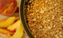Peach-it-up: Peach Crisp and Homemade Ice Cream