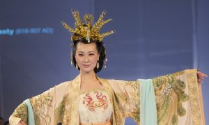 High Standards for Designers of Ancient Chinese Dress