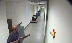 Aaron Alexis: Photos Released by FBI Show Navy Yard Shooter Enter Building, Armed with Shotgun (+Video)
