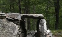 Ten Prehistoric Artifacts and Sites in America