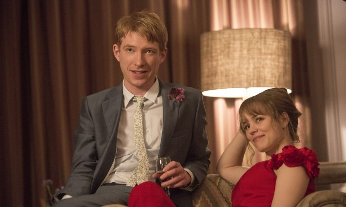 """Tim (Domhnall Gleeson) and Mary (Rachel McAdams) in """"About Time"""", the new comedy about love and time travel from writer/director Richard Curtis, which discovers that, in the end, making the most of life may not need time travel at all. (Murray Close)"""