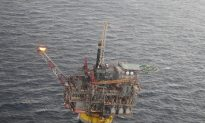 Oil Platforms Evacuated in North Sea Due to Drifting Barge