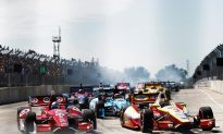 IndyCar: Dixon Takes Points Lead as Castroneves Breaks