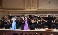 Shen Yun Symphony Orchestra 'Almost Beyond Words' Says Management Consultant