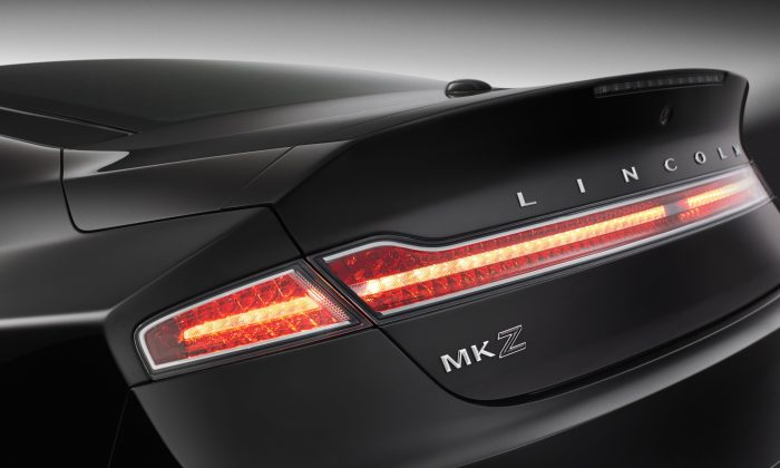 MKZ Black Label Center Stage (Courtesy of Lincoln)