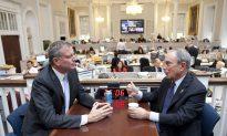 NYC Mayor-Elect de Blasio Talks Transition With Mayor Bloomberg