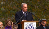 Mayor Bloomberg Heckled in Final Veterans Day Parade [+Video]