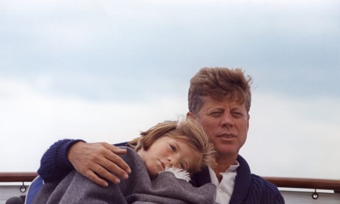 President Kennedy and daughter Caroline aboard the Honey Fitz off Hyannis Port, Massachusetts, Aug. 25, 1963. (Cecil Stoughton/John F. Kennedy Presidential Library and Museum)