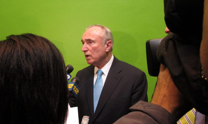 Former New York City Police Commissioner William Bratton answers questions from reporters on Feb. 27, 2013. Bratton said Wednesday he'd consider returning to the commissioner job and has met with several candidates for mayor. (Jim Fitzgerald/AP)