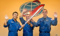 Space Station: Live Video of Soyuz Launch of 3 Astronauts to the Station