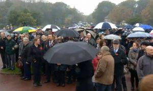 Veteran Died Nobody: Hundreds of Strangers Honor Veteran at Funeral