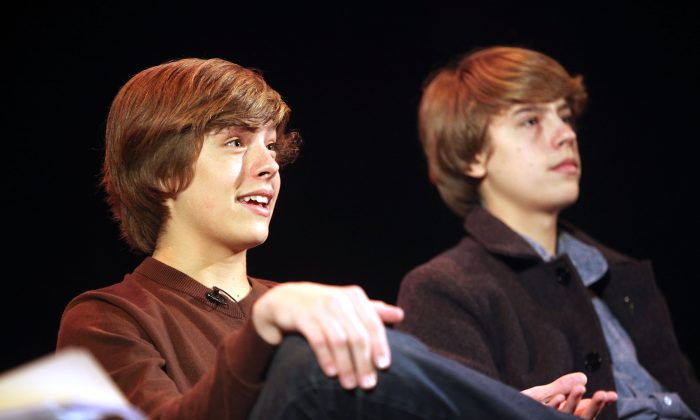 (l-r) Actors Dylan Sprouse and Cole Sprouse in a 2011 file photo in London. (Tim Whitby/Getty Images)