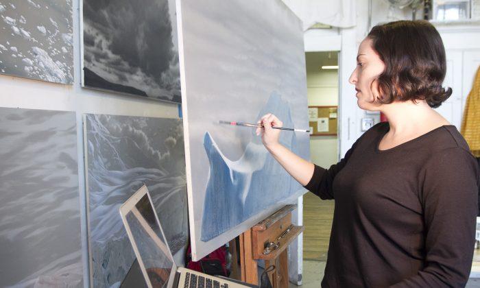 Lisa Lebofsky working in her Lower East Side studio on Nov. 13. (Christine Lin/Epoch Times)