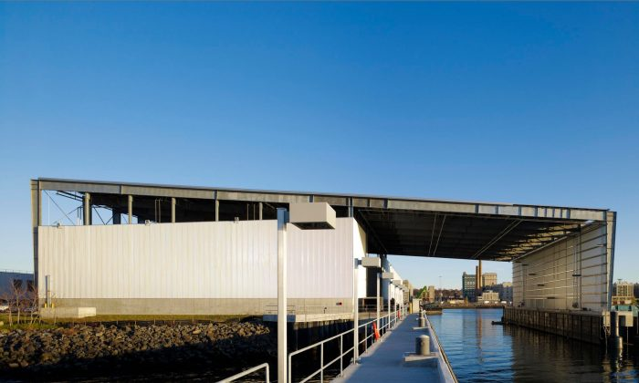 Exterior view of the Sunset Park Material Recovery Facility in Brooklyn, New York. (Marc Lins/Selldorf Architects).