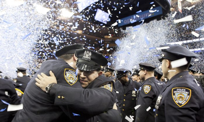 An NYPD graduation ceremony at Madison Square Garden, New York, Dec. 27, 2013. (Samira Bouaou/Epoch Times)