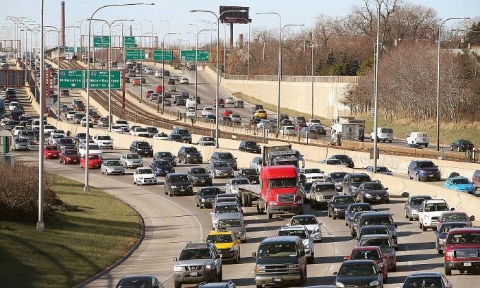 Exercising common sense before embarking on a road trip this holiday season can help avoid major traffic back-ups and car break-downs. (Scott Olson/Getty Images)