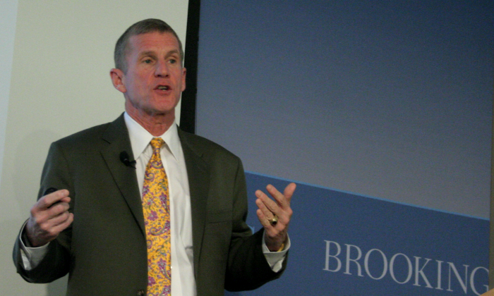"""U.S. Army General (ret.) Stanley McChrystal, former commander of U.S. and International Security Assistance Force Afghanistan, speaks at the Brookings Institution on """"Lessons on Counterinsurgency from the Human Body,"""" Dec. 19. (Gary Feuerberg/ Epoch Times)"""
