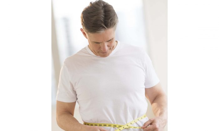 A man's waist size may be a more important indicator of health than body mass, according to Canadian research. (tetmc/photos.com)