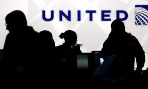 United Airlines Plans to Buy 100 Small Electric Planes for Regional Flights