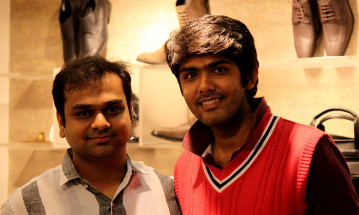 """Piyush Lunia and Pankaj Khabiya at their flagship store """"Ethik"""" at the Church Street located in the south-Indian city of Bangalore on December 21, 2013. The store promotes and sells leather-free shoes. (Venus Upadhayaya/Epoch Times)"""