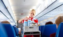 10 Things That Annoy Flight Attendants and How to Keep Your Flight Attendant Happy