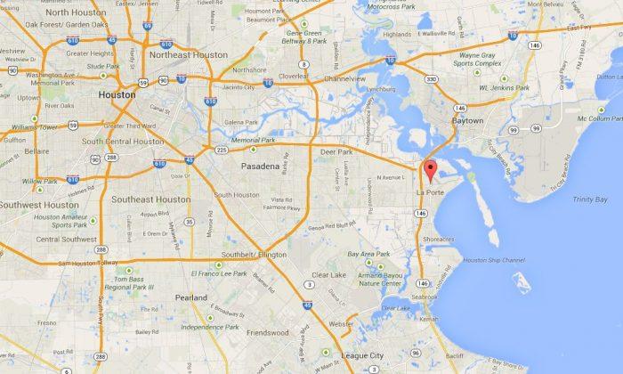 A Google Maps screenshot shows the location of the pipeline near La Porte.