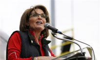 Sarah Palin 'Why Do Muslims Hate Charlie Brown' Instead of Charlie Hebdo Article is Fake