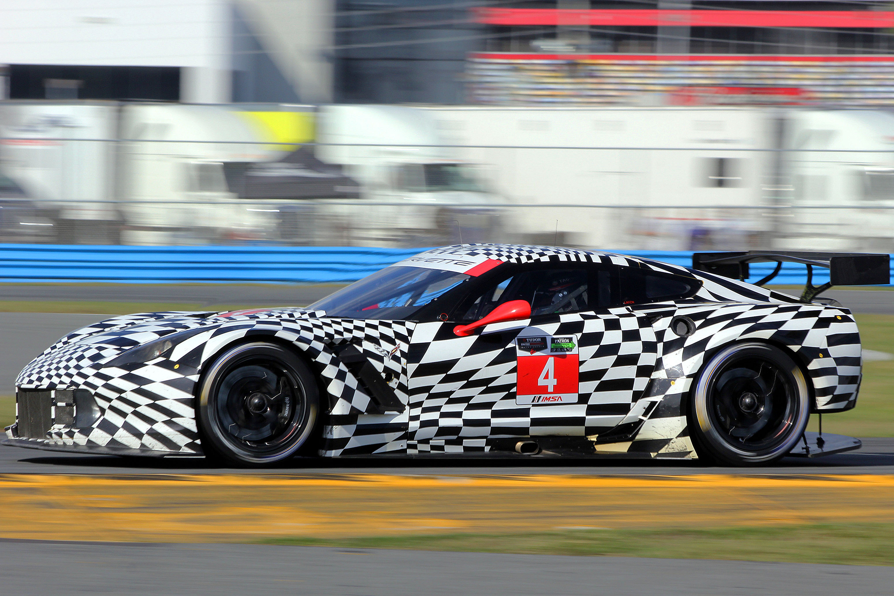The new Corvette Racing C7.Rs were first and third quickest in the session. (Chris Jasurek/Epoch Times)