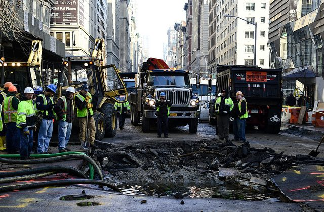 Emergency workers at the scene of a water main break on 5th Avenue and 13th Street, near Union Square, New York, Jan. 15, 2014. (Courtesy of Albin Lohr-Jones)