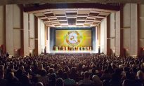 Retired Business Owners Touched by Revival of Culture by Shen Yun