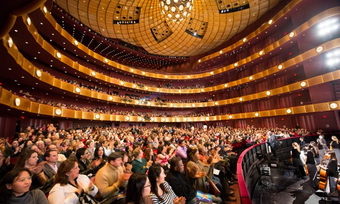 Singer Says Shen Yun Is 'Out of My Realm of Experience'