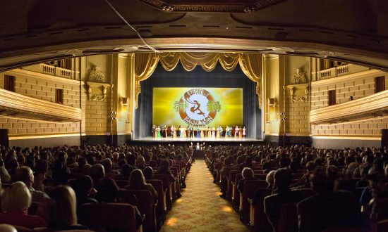 Executive VP Says Shen Yun is 'All Beauty'