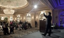 Chinese Ridicule Chen Guangbiao's Press Conference