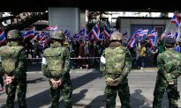 With No Compromise in Sight, Thai Military Warns of Intervention