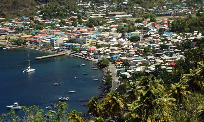 Anse des Pitons Bay in St. Lucia sits between the two large and iconic mountains on the island. (Carole Jobin)