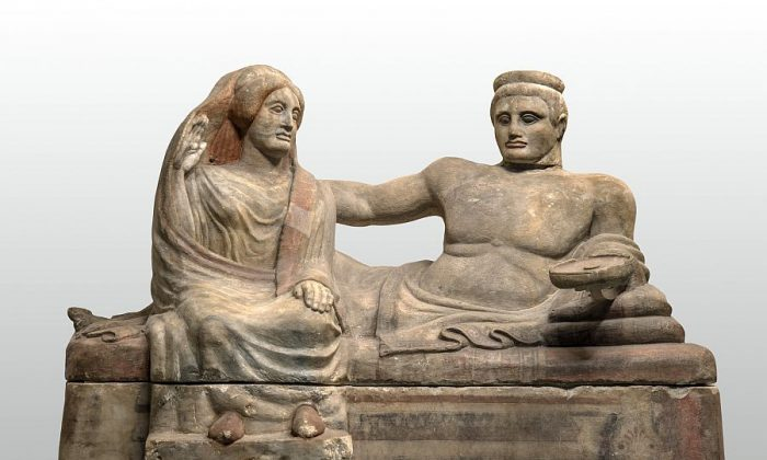 Urn, beginning of fourth century B.C. (Florence, Museo Nazionale Archeologico)