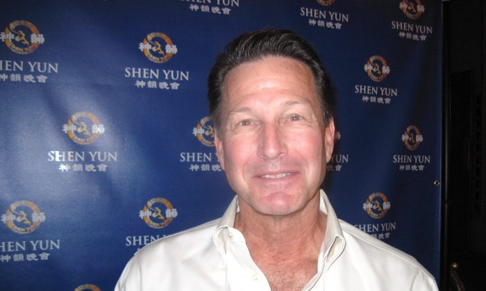 John West loved the gracefulness of Shen Yun Performing Arts in San Francisco, Jan. 11. (Li Mei/Epoch Times)
