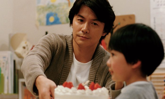 "Keita Ninomiya plays Keita Nonomiya, a six-year-old boy switched at birth in ""Like Father, Like Son."" Masaharu Fukuyama plays his father who now wishes to find his biological son. (Fuji Television Corporation)"