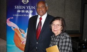 Shen Yun 'Brilliant,' Proclaims Accomplished Company President