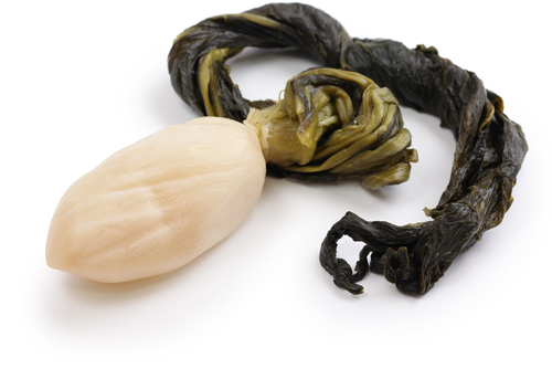 Suguki, Japanese pickled turnip. (Shutterstock*)