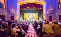Dance Instructor Recommends Shen Yun