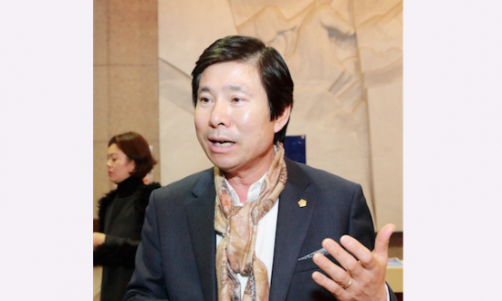 City Council Deputy Speaker: I Will Actively Promote Shen Yun