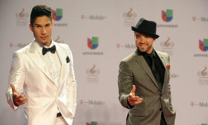 Chino y Nacho arrive at the 25th Anniversary of Univision's 'Premio Lo Nuestro A La Musica Latina' on February 21, 2013 in Miami, Florida. (Gustavo Caballero/Getty Images for Univision)