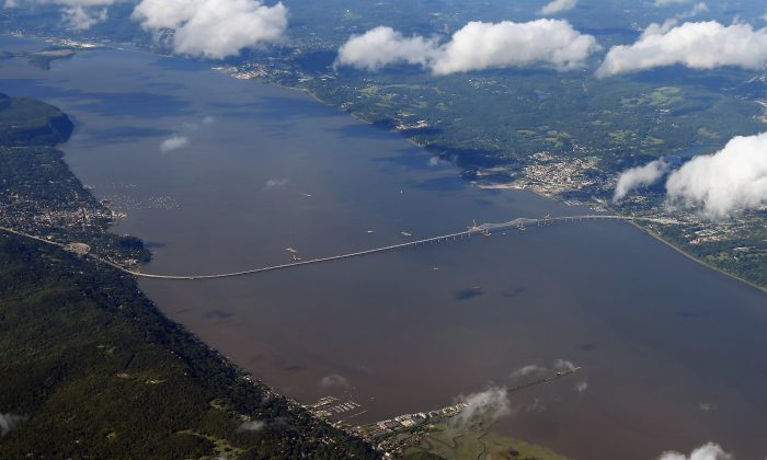 An aerial view of the Tappan Zee Bridge in New York, New York, Aug. 14, 2013. (Bruce Bennett/Getty Images)