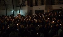 Candlelight Vigil Held in Honor of Philip Seymour Hoffman (Photos)
