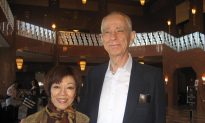 Retired Professional Dancer Says Shen Yun is 'Wonderful'