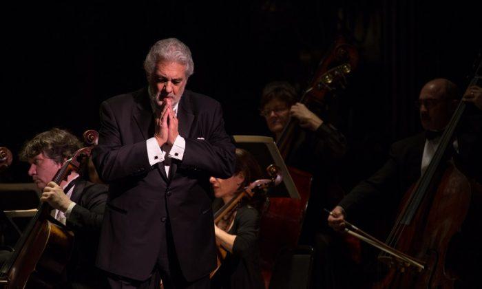 """Domingo sings """"Nemico della patria"""" from Andrea Chenier (Garrett Robertson)"""